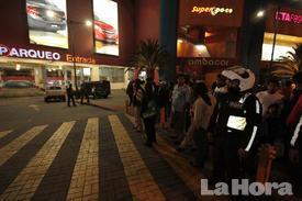 Ocho heridos en un asalto a Quicentro Sur