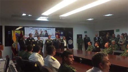 Presidente Correa cesa al Alto Mando Militar tras no gustarle su pronunciamiento