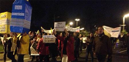 Ciudadanos gritaron hoy frente a la fiscalía: «preso, Correa, preso» (Video)