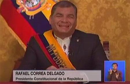 El IVA subirá al 14%, anunció Correa.