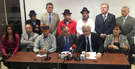 Ex asambleístas de Alianza País se pasan al bloque de oposición
