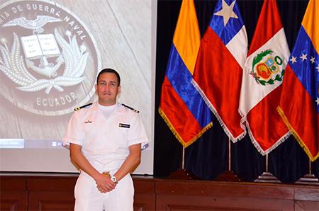 Otro oficial enfrenta Consejo de Disciplina militar, por responderle un email a Correa