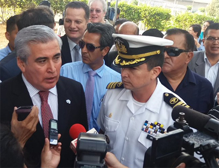 En 4 minutos jueza acepta acción de Correa en contra del Consejo de Disciplina de la Armada