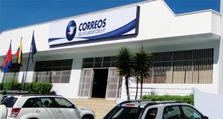 En Correos del Ecuador compraron 3 máquinas clasificadoras por el precio de 4