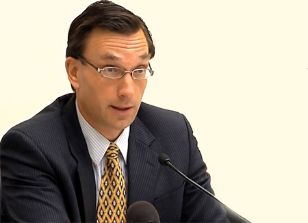 Profesor Bjorn Arp. Ph.D, de la Inter American Bar Association indica que en Ecuador hay violaciones a los Derechos Humanos