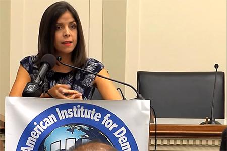 Dra. Daniela Salazar explica que en el Ecuador se utiliza el sistema judicial para silenciar la libertad de expresión en el Internet
