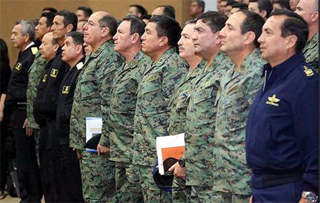 Quieren remover del directorio del ISSFA a comandantes de rama de las Fuerzas Armadas