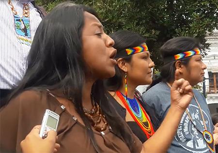 Indígenas en la Plaza Grande gritaron «no tenemos miedo» al gobierno de Correa (Video)