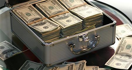 Ecuador fue puesto en la lista negra sobre blanqueo de dinero
