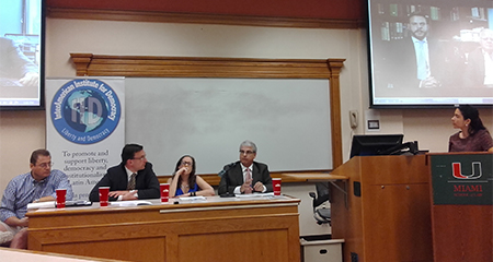 En Miami se presentó el libro que recoge los 6 casos en donde la justicia ecuatoriana ha violado Derechos Humanos