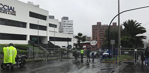 Cercan con mallas el CNE de Quito y Guayas, hasta dos cuadras a la redonda