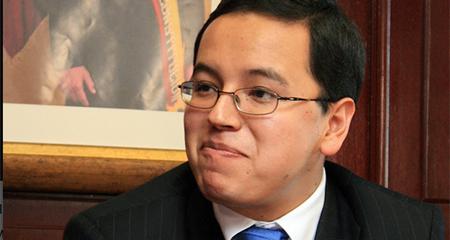 Ministro Patricio Rivera encabeza terna para Superintendencia de Economía Popular y Solidaria