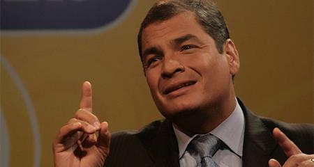 Correa defiende a ex ministro que habría recibido un millón de dólares de Odebrecht