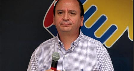 Nuevo fiscal Carlos Baca Mancheno no disimula su cercanía con Alianza Pais