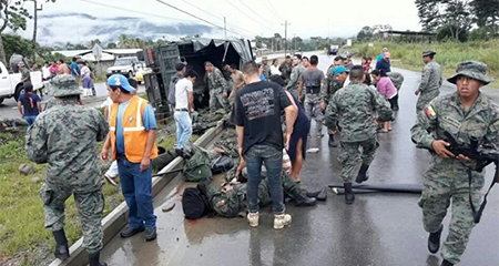 2 fallecidos en accidente en vehículo militar, cerca de Gualaquiza