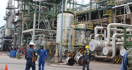 Contraloría estima que perjuicio al Estado en negociaciones petroleras asciende a $793 millones