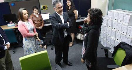 Augusto Barrera presentó su equipo a funcionarios de Senescyt