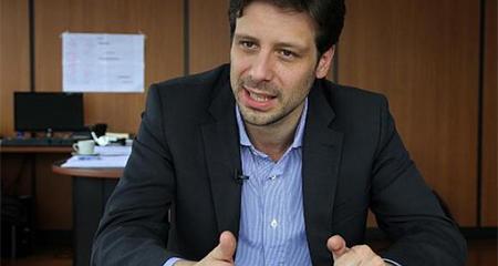 Guillaume Long es nombrado embajador de Ecuador ante la ONU, en Ginebra