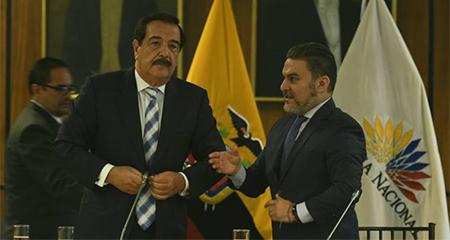 Alcalde Jaime Nebot entrega proyecto de Ley de Seguridad Ciudadana a la Asamblea