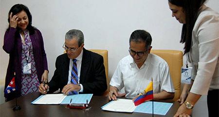 Ecuador y Cuba suscriben convenio para reconocimiento de títulos profesionales