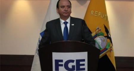 Fiscal Baca Mancheno difunde un audio entre José Serrano y prófugo Pólit