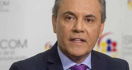 Carlos Ochoa es cesado como superintendente de Comunicación
