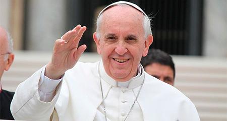 Papa Francisco envía mensaje a familiares de periodistas asesinados de El Comercio