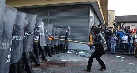 Varios incidentes de violencia se reportaron en manifestación correísta