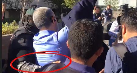 Fernando Alvarado fue traído por la policía desde Manta a declarar en la Fiscalía en Quito