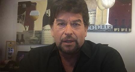Carlos Vera: asistimos a una pantomima de combate a la corrupción