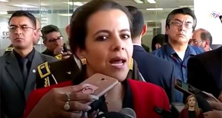 Graves contradicciones de María Paula Romo, ministra del Interior, sobre su responsabilidad en fuga de Fernando Alvarado (Video)