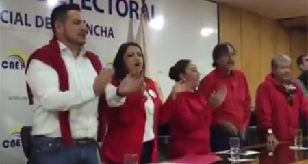 Correístas ahora usan color rojo para próximas elecciones
