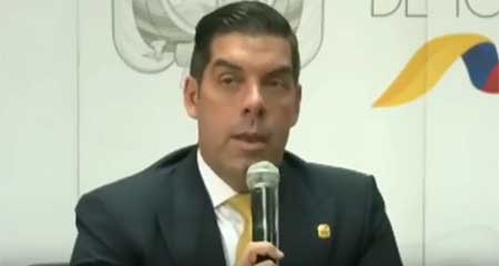 Raúl Ledesma: La licencia a Ma. Alejandra Vicuña en el SRI no fue legal (Video)