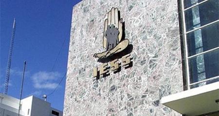 Crisis en el IESS: El Estado le debe al IESS 3 mil millones