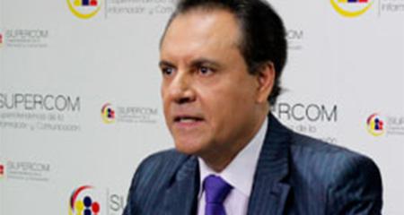 Solicitan orden de prisión contra Carlos Ochoa