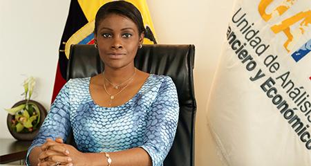 Diana Salazar, nueva Fiscal del Estado