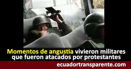 Así apedrearon un bus lleno de militares (Video)