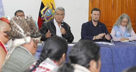 Moreno cede ante indígenas. Se elimina decreto 883 sobre subsidio a combustibles