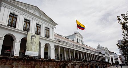Gobierno ecuatoriano reconoce a la Presidenta interina de Bolivia, Jeanine Añez, tras renuncia de dictador Evo Morales