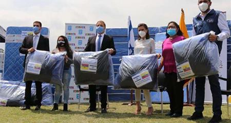 Israel entrega donaciones para casas de acogida del MIES