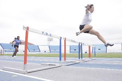Maylin Auhing ganó su primera medalla deportiva en 100 m vallas