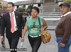 Seguridad presidencial retuvo a mujer que aparentemente insultó a Correa