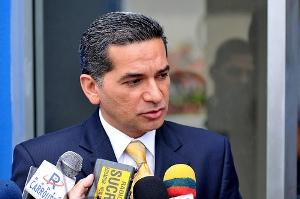 Secretario de Comunicación de Rafael Correa admite que demanda fue un show