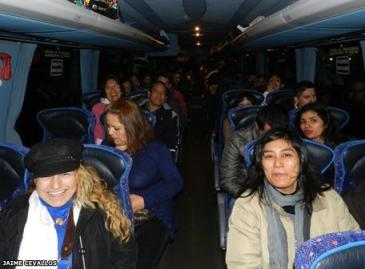 Consulado costea viaje a 200 personas por enlace sabatino